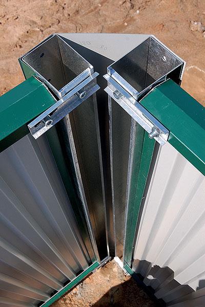 Крепежные пластины для металлического забора